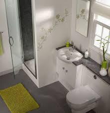 Des idées pour décorer une petite salle de bains