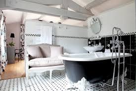 Des idées pour avoir une salle de bain baroque